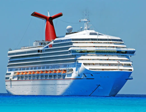 Canada to allow cruise ships on November 1